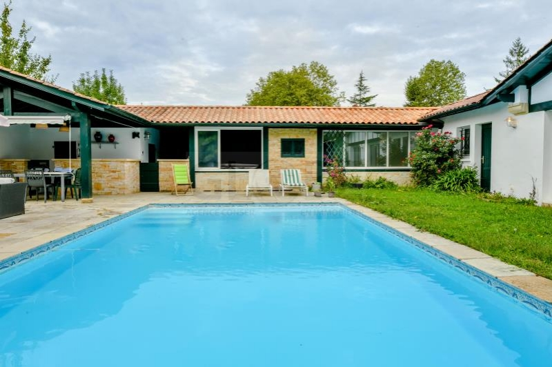 AHETZE - Maison - 890000 €