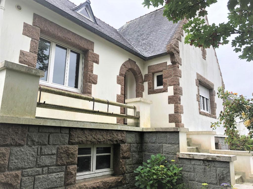 Maison 6 pièces - 160m² - LANNION