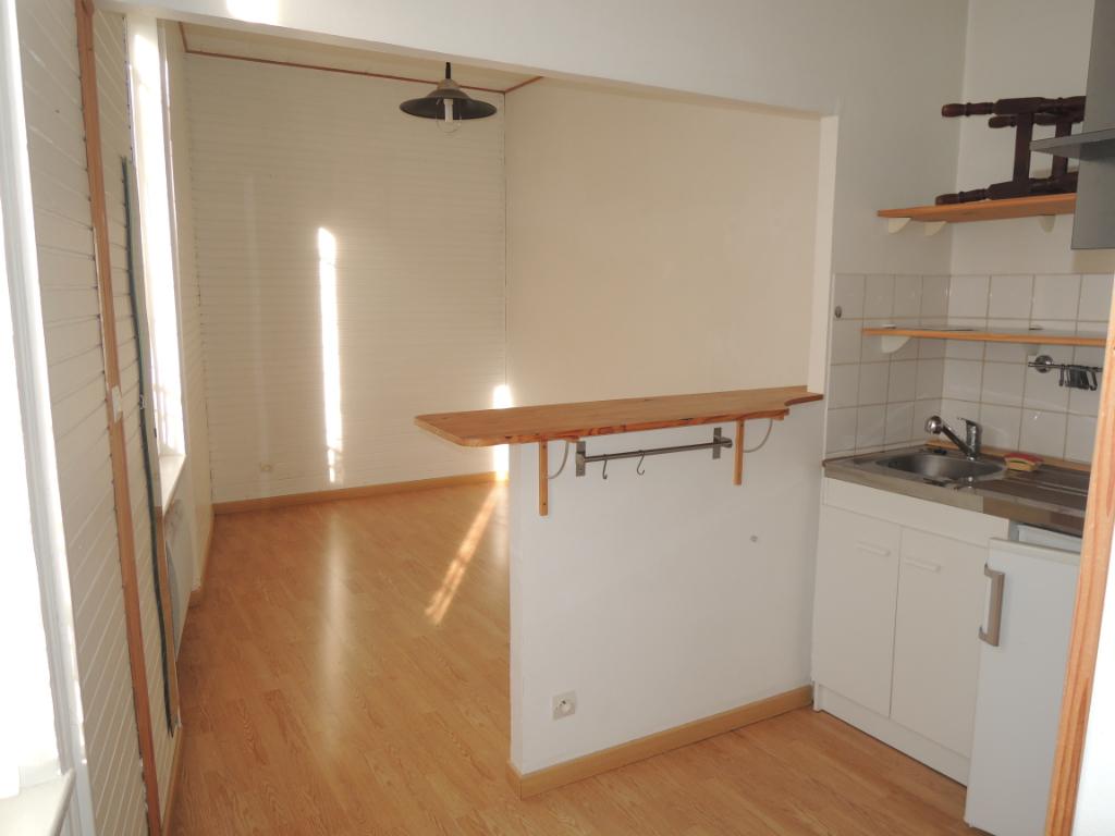 Appartement 1 pièce - 15m² - REIMS